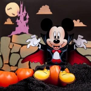 Mickey disfrazado de vampiro. Manualidades a Raudales.