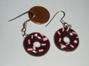 Pendiente donuts de Fimo. Manualidades a Raudales.