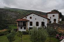 Papercraft building recortable y armable de la Casona de Tudanca en Cantabria. Manualidades a Raudales.