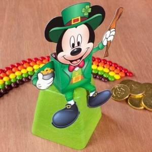 St Patricks - Mickey sentado. Manualidades a Raudales.