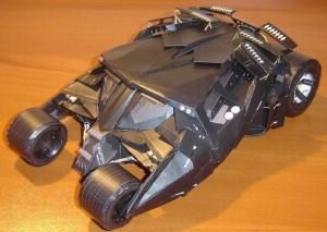 Papercraft del Batmóvil de Batman. Manualidades a Raudales.