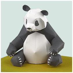 Papercraft de un oso Panda gigante. Manualidades a Raudales.