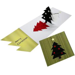 Tarjeta desplegable con árbol de navidad. Manualidades a Raudales.