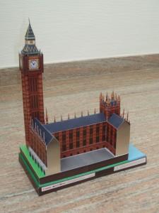 Papercraft building del Big Ben de Londres. Manualidades a Raudales.