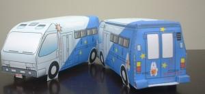 Papercraft imprimible y armable de una furgoneta de juguete. Manualidades a Raudales.