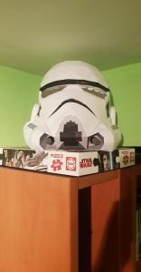 Papercraft imprimible y armable de un guardia de asalto de Star Wars. Manualidades a Raudales.