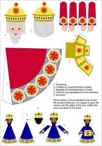 Papercraft sencillo del de los 3 Reyes Magos de Oriente. Manualidades a Raudales.