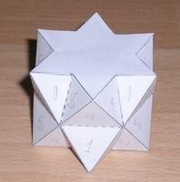 Papercraft antiprisma esterllado de 6 puntas. Manualidades a Raudales.